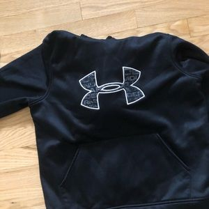 Other - under armor black sweatshirt